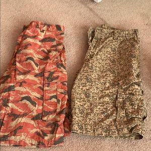 Levi's bundle cargo shorts